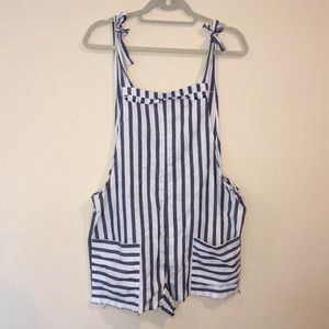 Stripped tie overalls with pockets